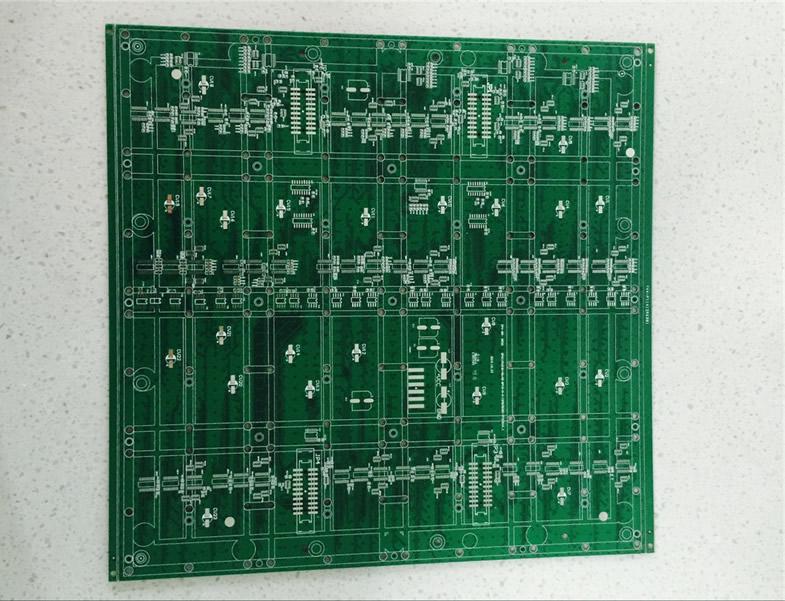 四层LED绿油板